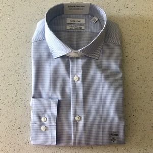NWT Men's Calvin Klein Button Down Shirt